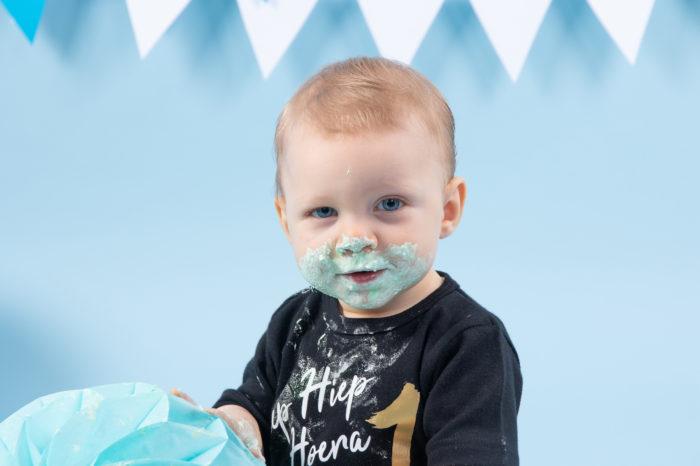 portfolio cakesmash jongetje vieze snoet