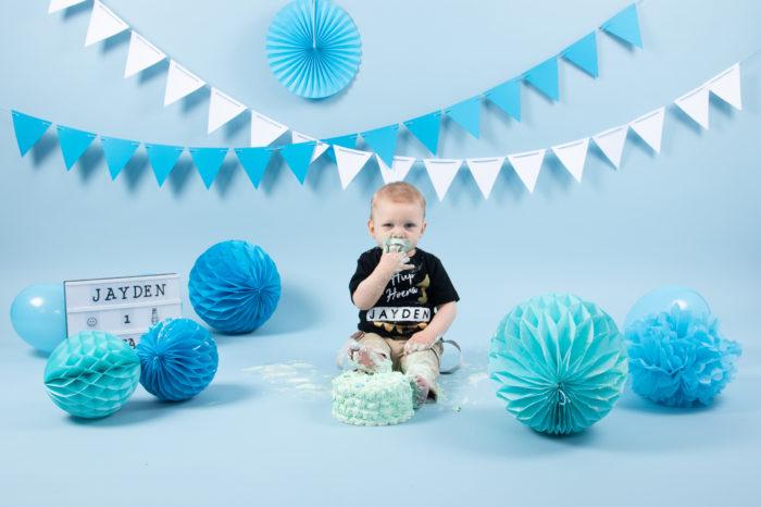 portfolio cakesmash jongetje voet in taart